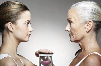 الجذور الحرة والشيخوخة لماذا نتقدم بالعمر لماذا نموت جذور الأكسجين الحرة الأكسجين الحر مضادات الأكسدة تطيل العمر كيفية العيش لمدة أطول