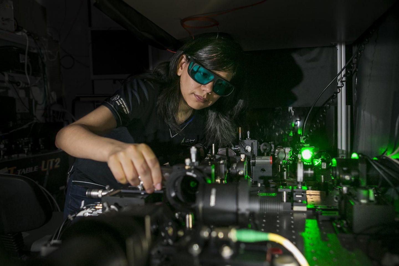 الجامعة الوطنية الاسترالية (ANU) في اختراع يلهم لمواصفات رؤية ليلية جديدة !