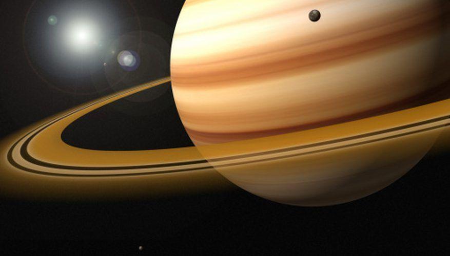عشر حقائق مثيرة عن كوكب زحل !
