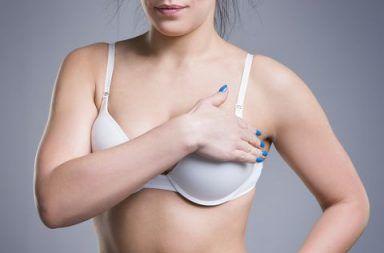ألم الثدي Breast Pain: الأسباب والأعراض والتشخيص والعلاج أسباب الشعور بألم في الثدي عند المرأة آلام في الثدي عند الدورة الشهرية