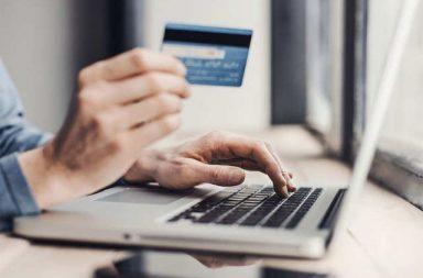 ماكينة الصراف الآلي ATM - إتمام المعاملات الأساسية دون الحاجة إلى مساعدة ممثل الفرع أو الصراف - بطاقة ائتمان أو بطاقة خصم