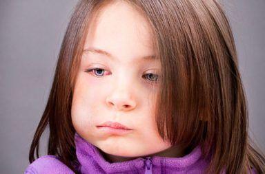 النكاف: الأسباب والأعراض والتشخيص والعلاج مرض معد يصيب الغدد اللعابية مرض معد ينتقل عبر اللعاب علاج المصابين بالنكاف أعراض النكاف