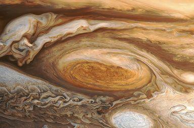القعة الحمراء العظيمة على كوكب المشتري الأمونيوم