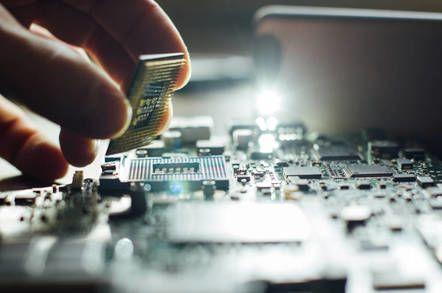 كيف تتم صناعة معالجات الكمبيوتر الدقيقة؟