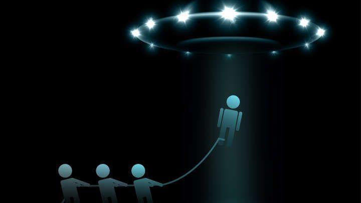 الفيزيائي ميتشو كاكو: سنقابل الفضائيين هذا القرن وسنبدوا ككائنات بدائية!