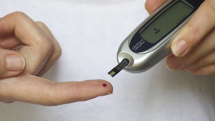 ضبط مرض السكري بواسطة هاتفك قد يكون ممكنًا يومًا ما!