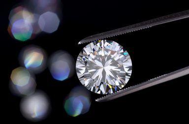 ما هو الألماس وكيف يتكون الماس في الطبيعة الألماس الصناعي صناعة المجوهرات الأحجار الكريمة كيف يتشكل الماس في الأرض الكربون