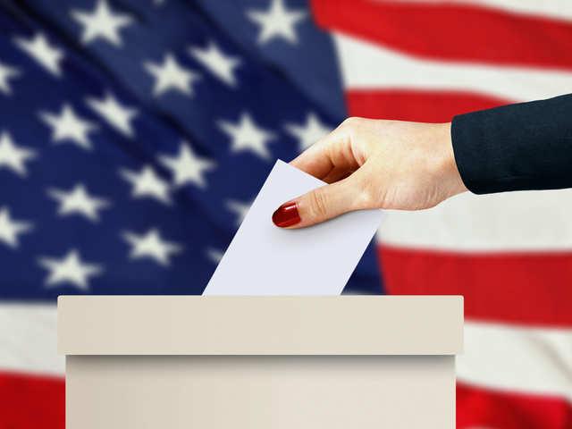 دراسة تستخدم الفيزياء لتفسير نتائج الانتخابات الديموقراطية - التغييرات البسيطة في الآراء يمكن أن تؤدي إلى تغيرات كبيرة في نتائج الانتخابات النهائية