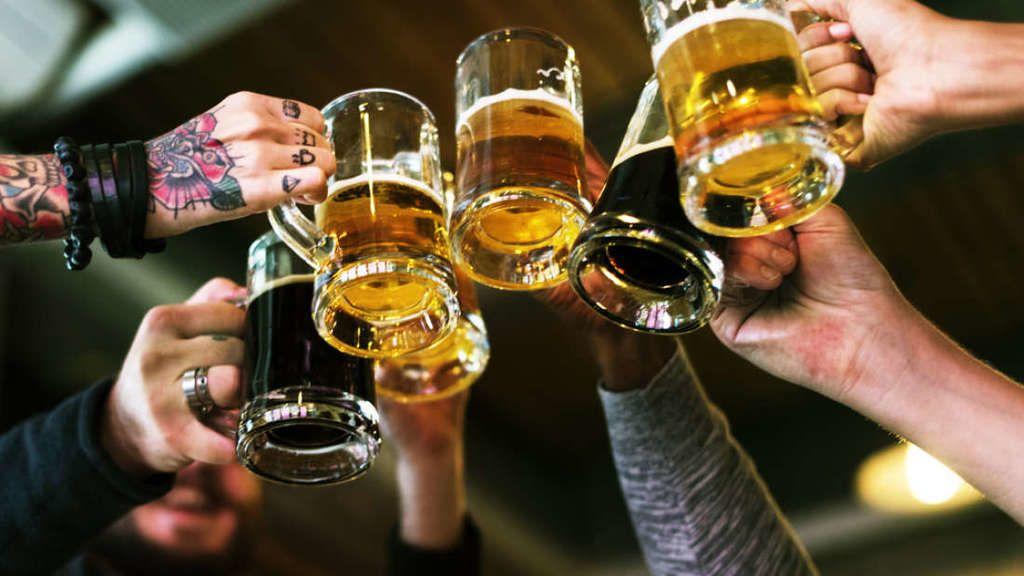 هل يقصر استهلاك الكحول العمر؟
