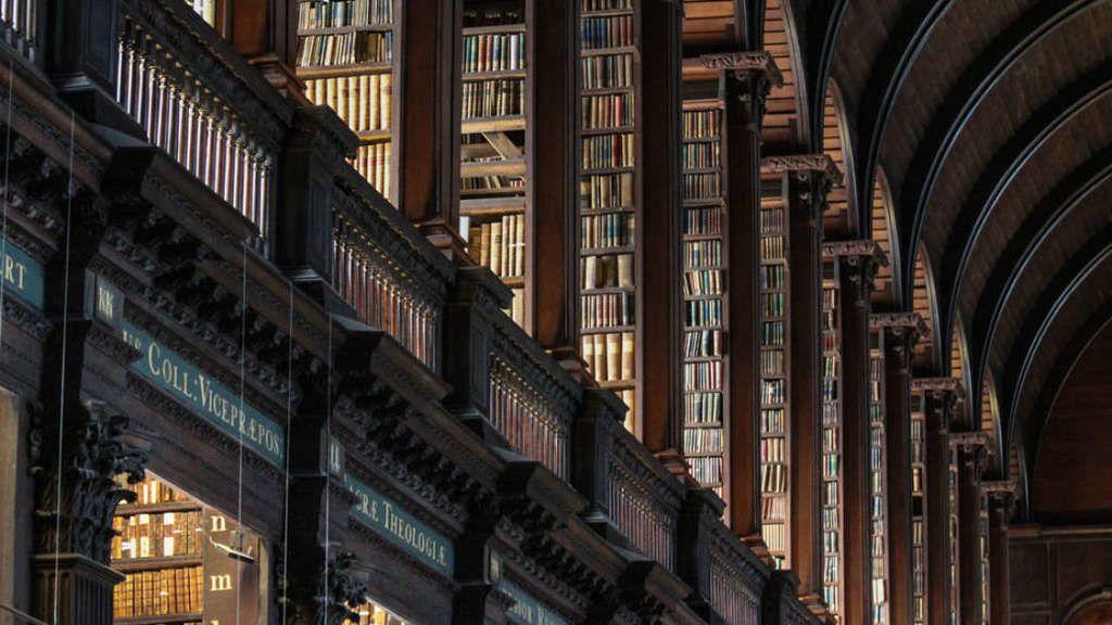 جامعةٌ تكتشف أن مكتبتها تحتوي سرًا مميتًا
