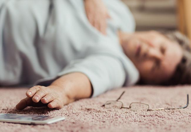 الغشي (الإغماء): الأسباب والأعراض والتشخيص والعلاج
