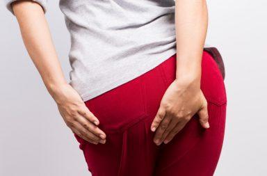 السلس البرازي: الأسباب والأعراض والتشخيص والعلاج - ينساب الغائط (البراز) من المستقيم - خروج كمية قليلة من الغائط عند إطلاق الريح