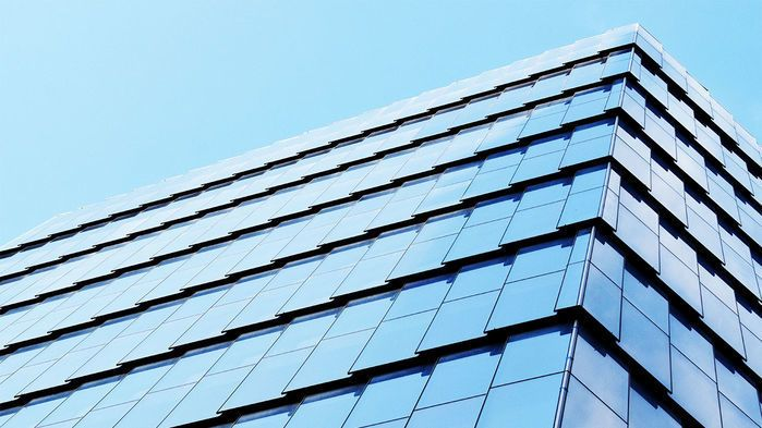تعرفوا على النوافذ الذكية: تنتج الكهرباء وتتفاعل مع الشمس
