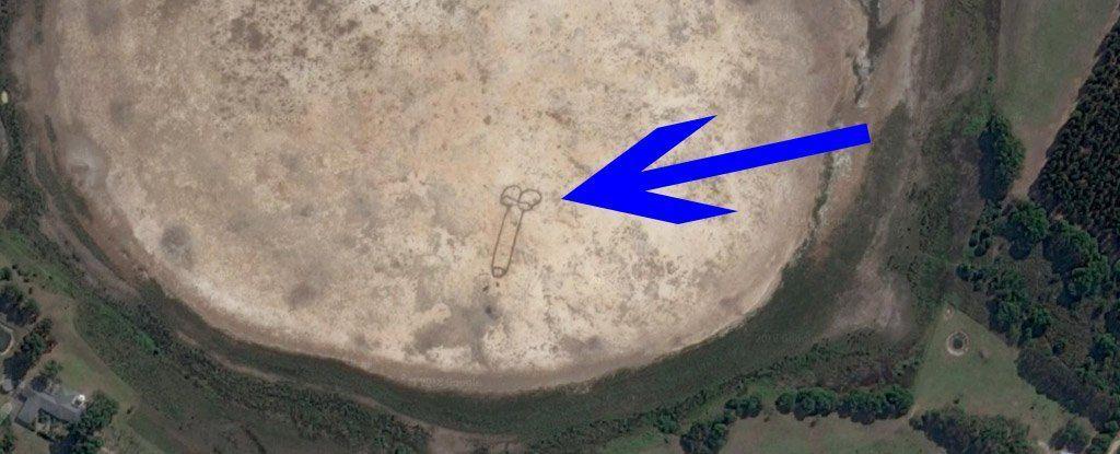 عضو ذكري يمكن رؤيته من الفضاء ظهر فجأة في أستراليا