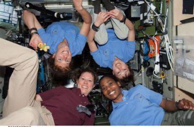 من ستكون أول امرأة تهبط على سطح القمر هذه هي الخيارات المتاحة أمام وكالة الفضاء الأمريكية ناسا برنامج أرتميس Artemis النساء اللائي ذهبن إلى الفضاء