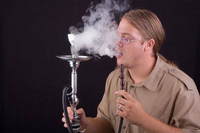 أيهما أخطر على صحتك ؟ السجائر أم النرجيلة ؟