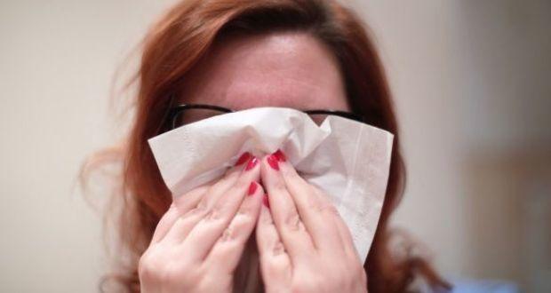 تناول المضادات الحيوية يمكن أن يحول الإنفلونزا العادية إلى مرض مميت مخاطر تناول الماضدات الحيوية في حال الإصابة بالإنفلونزا