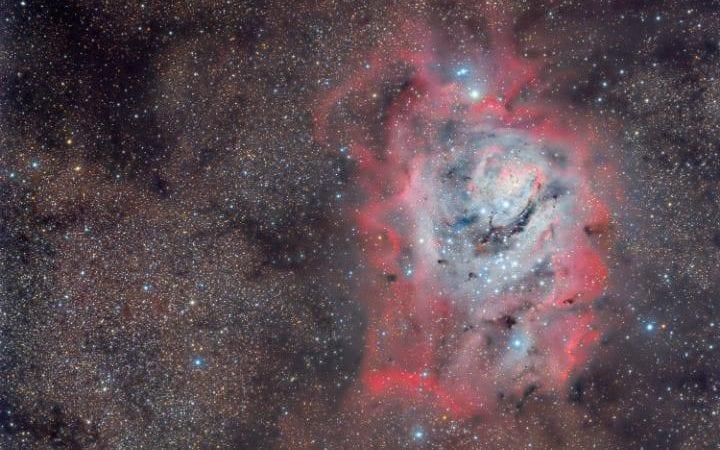 سلسلة النظرية النسبية: النسبية العامة كيف يمكننا معرفة ما اذا كان الكون سيبقى يتمدد الى الابد ام لا؟