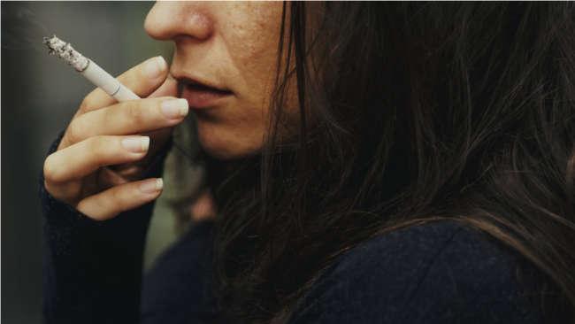 تدخين سيجارة واحدة فقط في اليوم: هل يخفف هذا من ضرر التدخين؟