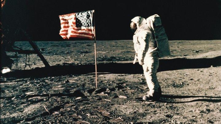 ما سبب صعوبة الهبوط على سطح القمر منظمة البحوث الفضائية الهندية ISRO المسبار القمري Vikram القطب الجنوبي للقمر شبكة ناسا الفضائية العميقة