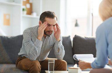 الاضطراب المفتعل - حينما يصبح المريض مزورًا محترفًا أو قاتلًا اعتلال عقلي تصرف شخص طبيعي على أنه مريض لنفسي لكسب تعاطف الآخرين