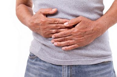 التهاب الصفاق peritonitis: الأسباب والأعراض والتشخيص والعلاج طبقة رقيقة من نسيج يغطي ما داخل البطن عدوى فطرية أو جرثومية البريتوان