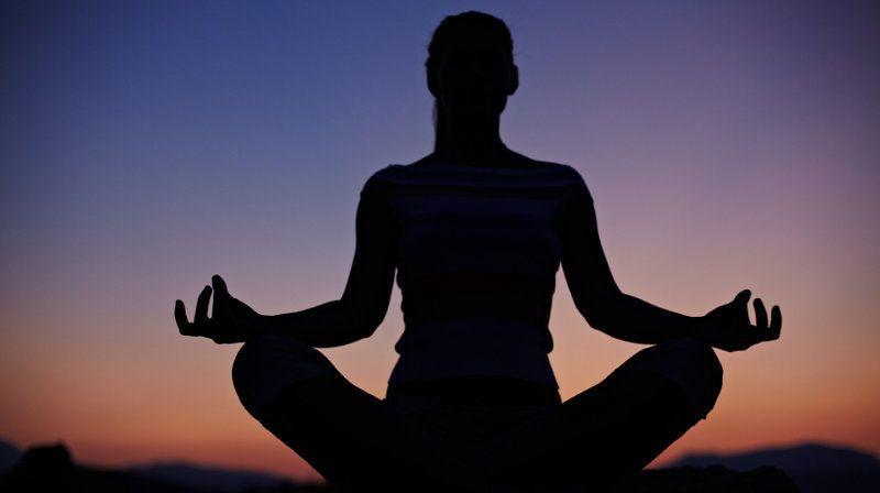 ماذا يقول العلم عن تأثير التأمل التأمل التركيزي تقليل الألم علاج القلق الضيق التعامل مع الضغط تجسين الضبط النفسي التخلص من الإدمان