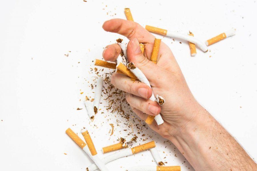 كيف يؤثر التدخين على أسنانك؟