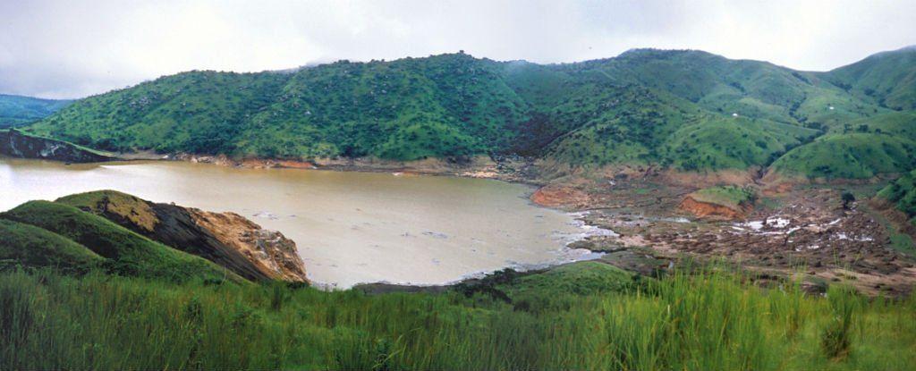 كيف قتلت هذه البحيرة في أفريقيا 1700 شخص؟