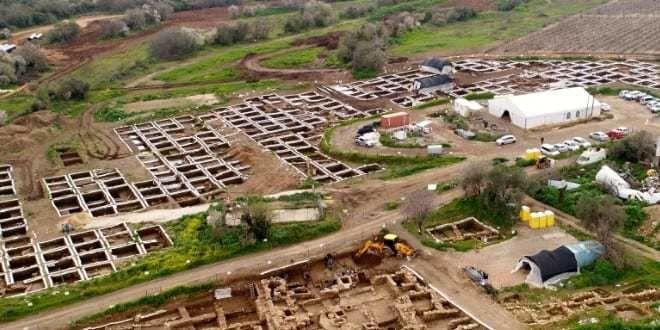 اكتشاف مدينة تعود للعصر الحجري الحديث عمرها 10000 عام بالقرب من القدس اكتشاف مستوطنة إنسانية عملاقة تعود للعصر الحجري قرب مدينة القدس