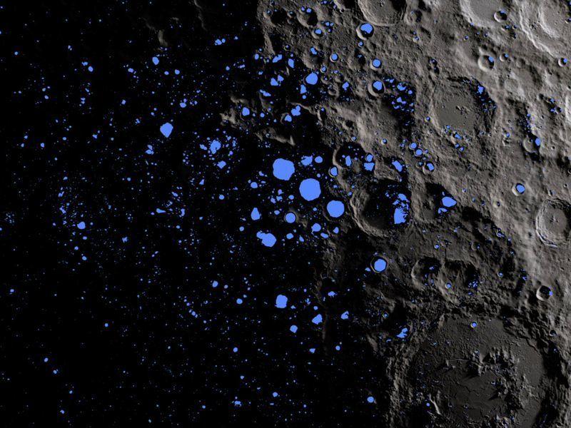 قد يكون هناك المزيد من المياه على القمر أكثر مما كنا نظن، حان الوقت للعودة اكتشاف المياه المتجمدة الموجودة على سطح القمر وكالة ناسا