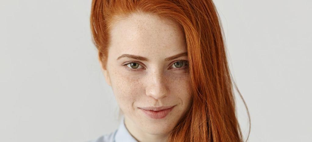 ما هو السبب وراء وجود الشعر الأحمر؟