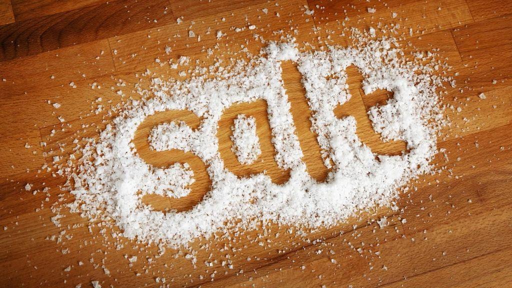 ما الذي يسبب الرغبة الشديدة بتناول الملح ؟