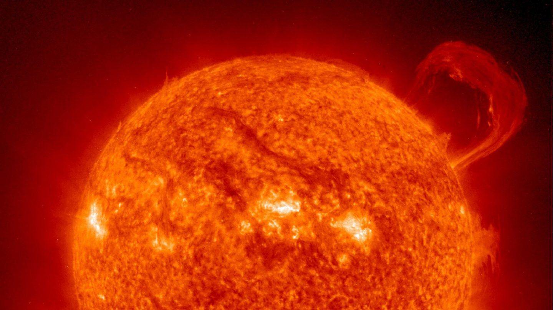 بيانات جديدة تكشف أن لب الشمس يدور 4 مرات أسرع من سطحها، فكيف ذلك؟