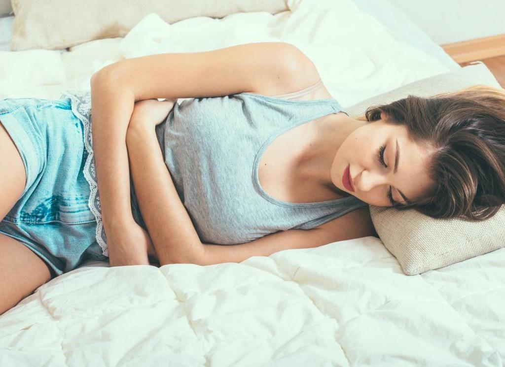 التهاب بطانة الرحم: الأسباب والأعراض والتشخيص والعلاج