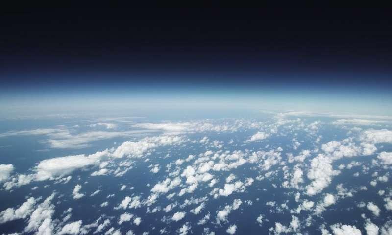 هل أنت بحاجة لبناء صاروخ لتُدرك أن الأرض ليست مسطحة؟ العِلم يُجيب